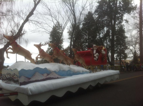 Santa at the Bend Christmas Parade (via Jen Floyd)